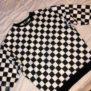 Checker crew neck